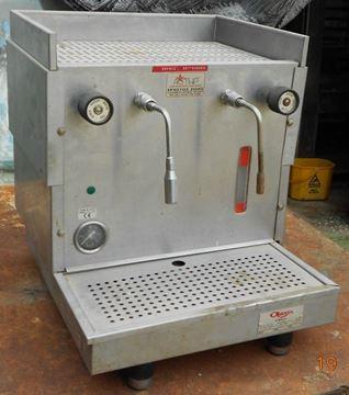 Εικόνα της Μηχανή Ελληνικού Καφέ ΜΕΤΑΧΕΙΡΙΣΜΕΝΗ