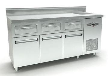 Εικόνα της Ψυγείο πάγκος- πόστο καφέ με ψυκτικό μηχάνημα, 180x60 cm