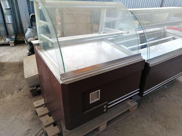 Εικόνα της Βιτρίνες σετ Ψυχωμένη/Θερμαινόμενη Σνακ Χωρίς ψυκτικό μηχάνημα (Μεταχειρισμένο)